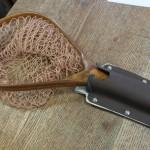 玉網(ランディングネット)のカイデックスホルスターとナイフ