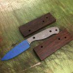 ESEE KNIVESのハンドルをアイアンウッドに交換しました