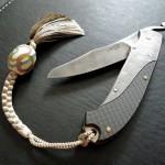 【Knife Hacks】 革ひもに個性をもたせる ひとつのアイデア