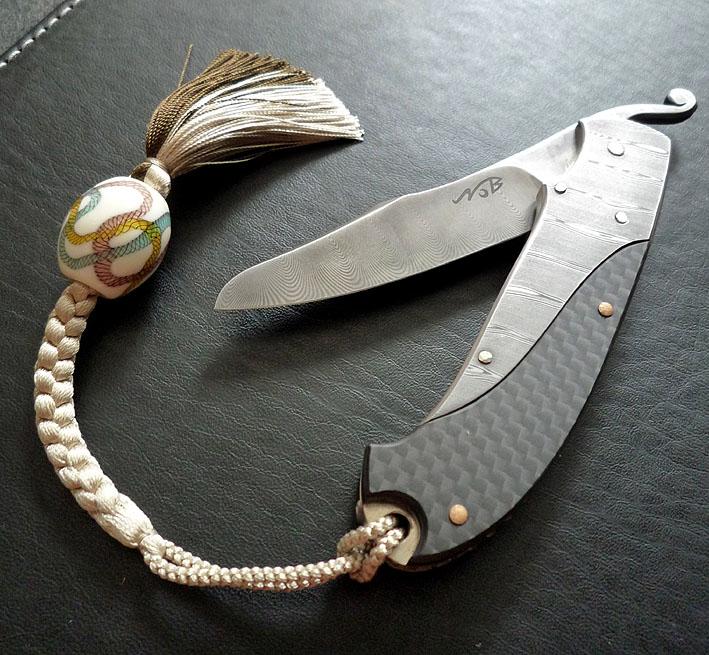 ナイフ小僧のブログ-トンボ玉
